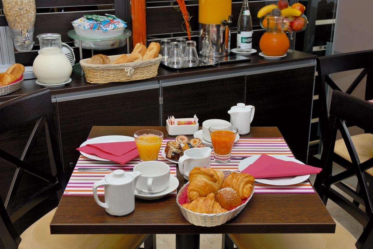 Comté de Nice - Breakfast