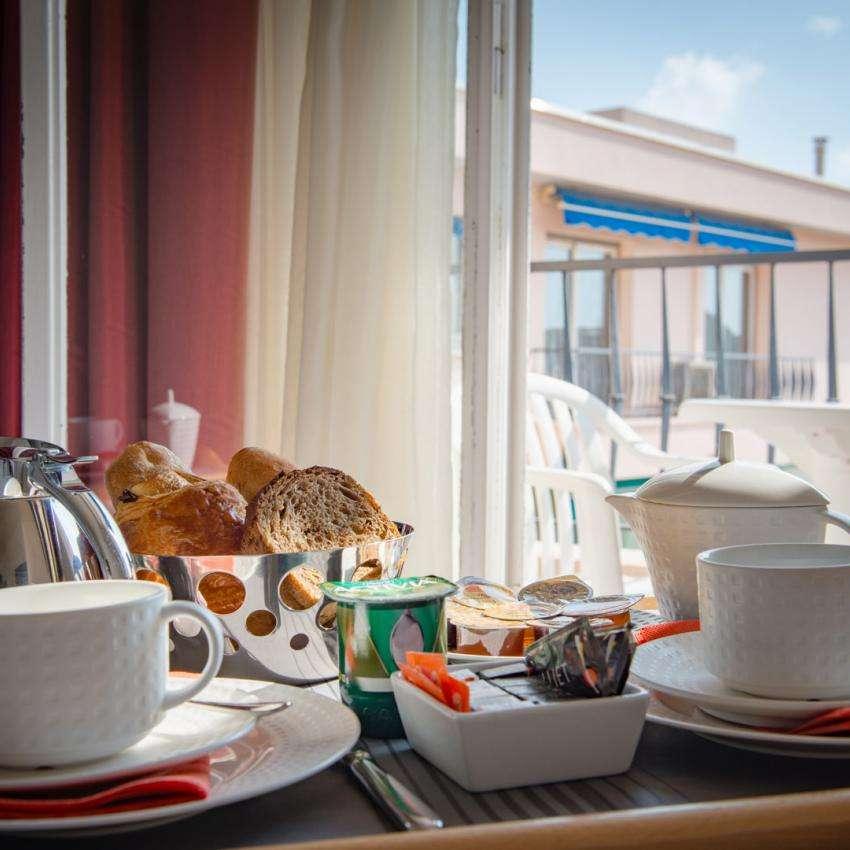 Hôtel Comté de Nice - Petit déjeuner